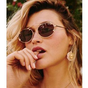 🍒🍒QUAY AUSTRALIA Final Stand Cherries sunglasses